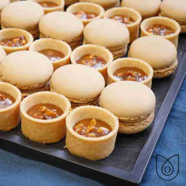 macaron et tartelette caramel